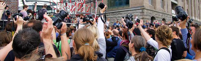 Hamburg Fotomarathon Header Photo - showing a crowd from the 2010 Berlin Fotomarathon
